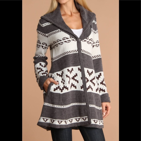 Willow & Clay Jackets & Blazers - Willow & Clay Tribal Print Wool Bell Shape Sweater